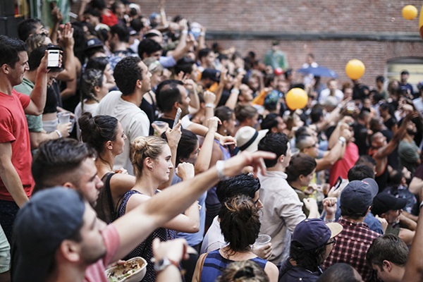 MoMA PS1's Warm Up on July 30, 2016. Image courtesy MoMA PS1, photo by Charles Roussel_crowds_600